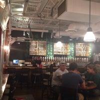 Foto tirada no(a) Avery Brewing Company por Eric T. em 6/17/2015