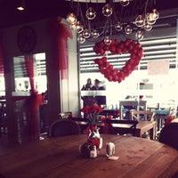 Photo prise au Yoda Cafe par Acar Ü. le2/14/2013