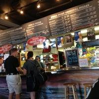 Photo prise au Pizza Port Brewing Company par Alex le10/6/2012