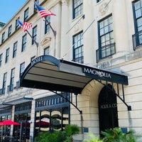 Foto tirada no(a) Magnolia Hotel por Tom 😎 C. em 7/5/2020