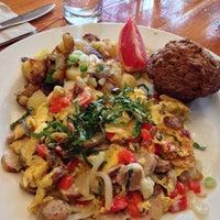 Foto tomada en Venus Restaurant por Gloria el 11/11/2012