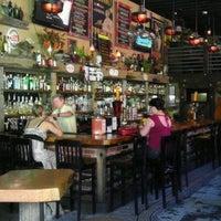 Photo prise au Lush Lounge par Jason R. le8/14/2011