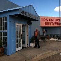 Photo prise au Los Equipales Restaurant par Joy B. le11/5/2011