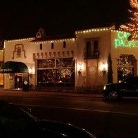 12/27/2011 tarihinde Dovetail E.ziyaretçi tarafından Cafe Pacific'de çekilen fotoğraf
