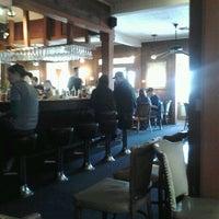 Das Foto wurde bei Hyde Park Bar & Grill von Stephen H. am 1/29/2012 aufgenommen