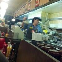 Das Foto wurde bei Waffle House von Justin H. am 8/24/2012 aufgenommen