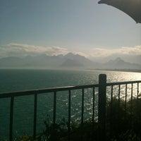 4/22/2012 tarihinde Tuba H.ziyaretçi tarafından Nar Beach & Bistro'de çekilen fotoğraf