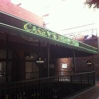 Das Foto wurde bei Casey's Irish Pub von JDamian A. am 6/24/2012 aufgenommen