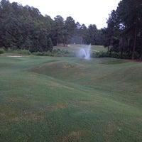 Foto scattata a Mid South Country Club da Jay Boyd S. il 8/30/2012