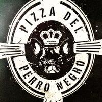 6/8/2012에 anais m.님이 Pizza del Perro Negro에서 찍은 사진
