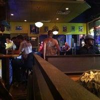 7/1/2011 tarihinde Tom K.ziyaretçi tarafından Cameli's Gourmet Pizza Joint'de çekilen fotoğraf
