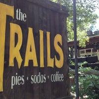 Das Foto wurde bei The Trails von Jenny B. am 5/20/2012 aufgenommen