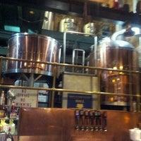 Foto tirada no(a) The Cannon Brew Pub por Alia T. em 1/17/2012