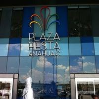 Foto diambil di Plaza Fiesta Anáhuac oleh IJulio L. pada 6/25/2011
