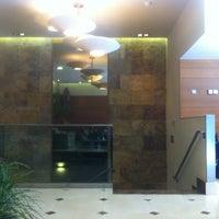 Foto tomada en Hotel Sterling por Jorge Luis P. el 7/6/2012