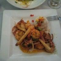 6/9/2012에 Caleb S.님이 Mango Peruvian Cuisine에서 찍은 사진
