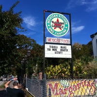 10/30/2011 tarihinde Ethan P.ziyaretçi tarafından Tijuana Garage'de çekilen fotoğraf