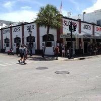 Foto diambil di Sloppy Joe's Bar oleh Betsy M. pada 8/17/2012