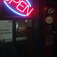 รูปภาพถ่ายที่ Loosey's Downtown โดย Jonathan K. เมื่อ 8/18/2012