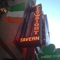 Foto tirada no(a) The Playwright Tavern por Daniel O. em 4/26/2012