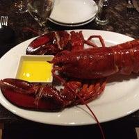 Foto scattata a Beacon Grille da Robert il 6/6/2012