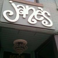 Das Foto wurde bei Jane's von Hye Jin C. am 4/13/2012 aufgenommen