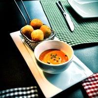 3/22/2012 tarihinde Carlos J.ziyaretçi tarafından Restaurante Lakasa'de çekilen fotoğraf