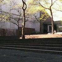 Foto diambil di Carnegie Museum of Art oleh Brendan S. pada 4/6/2012