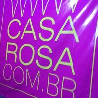 Foto tirada no(a) Casa Rosa por Fabiana G. em 4/29/2012