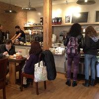 Foto tirada no(a) The Café Grind por Jimbo G. em 3/10/2012