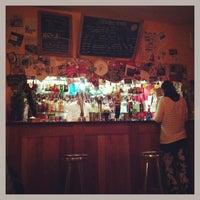 Foto diambil di Bar Loco oleh Ayaka I. pada 1/14/2013