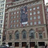 Foto tomada en Symphony Center (Chicago Symphony Orchestra) por Marilena C. el 4/15/2013