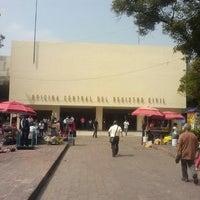Foto tirada no(a) Registro Civil por Hugo M. em 6/17/2013