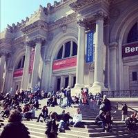 Foto diambil di The Metropolitan Museum of Art oleh Kate T. pada 10/13/2012