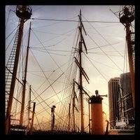 Das Foto wurde bei South Street Seaport von Anthony C. am 9/28/2012 aufgenommen