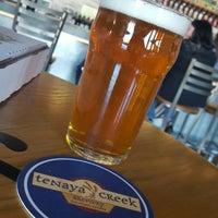 Foto scattata a Tenaya Creek Brewery da Raymond H. il 11/23/2016