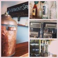 รูปภาพถ่ายที่ Vermont Spirits Distillery โดย Megan เมื่อ 9/1/2013