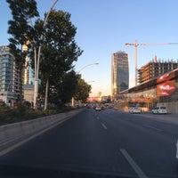 Foto tirada no(a) İnönü Bulvarı por Emel em 7/10/2016