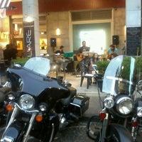 Photo prise au SQUARE par social p. le9/29/2012