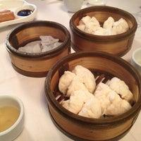 Снимок сделан в Oriental Garden 福臨門海鮮酒家 пользователем Gerry B. 5/8/2013