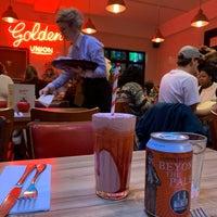 Photo prise au The Golden Union Fish Bar par NICK M. le1/19/2019