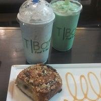 Foto scattata a T|Bar da Thalia G. il 6/13/2013