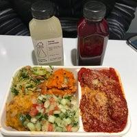 Das Foto wurde bei Clover Food Lab FIN von Jenny M. am 11/18/2017 aufgenommen