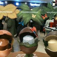 Снимок сделан в Nespresso Boutique пользователем Susan 12/21/2012