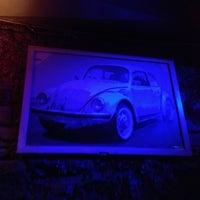 3/1/2013 tarihinde Burcu D.ziyaretçi tarafından Vosvos Cafe'Bar'de çekilen fotoğraf