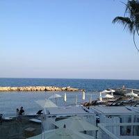 6/12/2013 tarihinde Georgeziyaretçi tarafından The Lighthouse by Pralina Bay'de çekilen fotoğraf