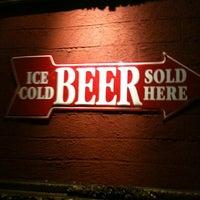 Foto tomada en Beer Hall por David L. el 11/24/2012