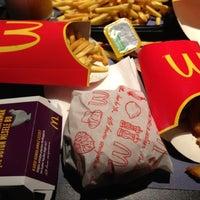 Foto scattata a McDonald's da MEHMET il 2/20/2013