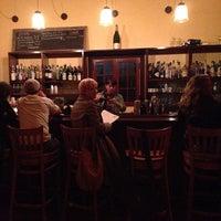 Foto tirada no(a) Bacchanal Wine por David K. em 3/15/2013