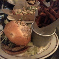 8/2/2013에 Ilan E.님이 LT Bar & Grill에서 찍은 사진